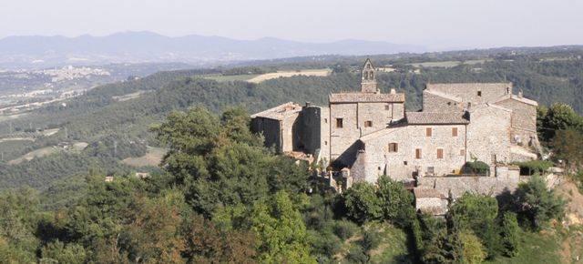 Soluzione Indipendente in vendita a Orvieto, 5 locali, zona Zona: Benano, prezzo € 85.000 | CambioCasa.it