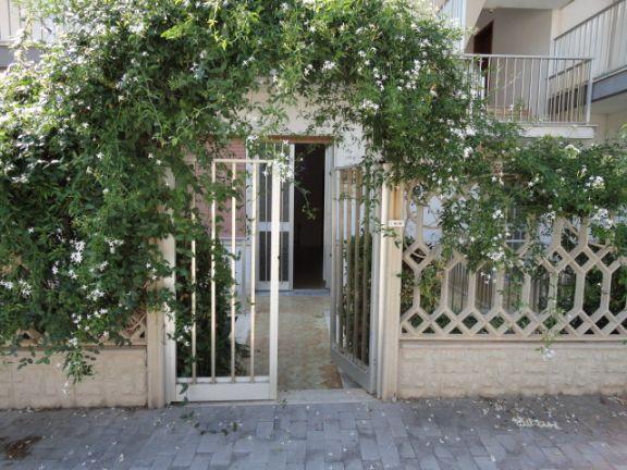 Soluzione Indipendente in vendita a Ragusa, 4 locali, zona Località: SANTA BARBARA, prezzo € 150.000 | Cambio Casa.it