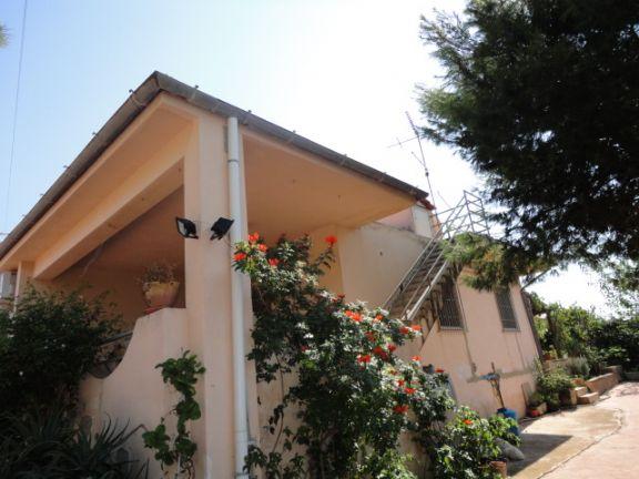 Villa in vendita a Ragusa, 7 locali, zona Località: C/DA PRINCIPE, prezzo € 250.000 | CambioCasa.it