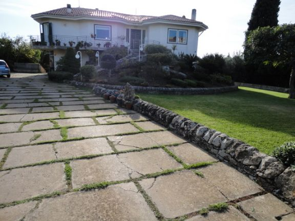 Villa in vendita a Modica, 10 locali, prezzo € 750.000 | CambioCasa.it