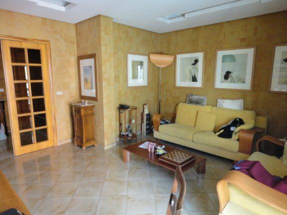 Appartamento in vendita a Ragusa, 4 locali, zona Zona: Ecce Homo, prezzo € 150.000 | Cambio Casa.it