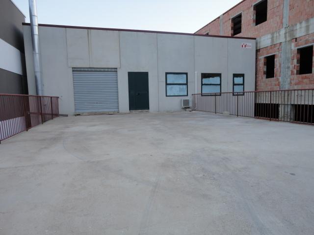 Capannone in vendita a Ragusa, 9999 locali, zona Zona: Cupoletti, prezzo € 495.000 | Cambio Casa.it