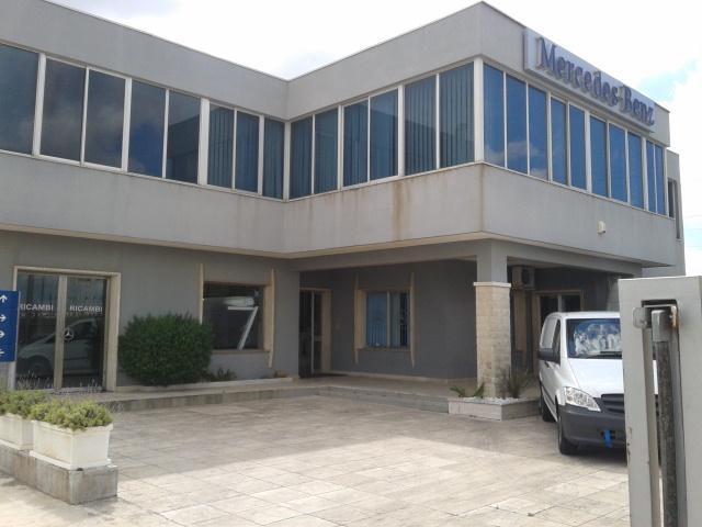 Ufficio / Studio in affitto a Ragusa, 2 locali, zona Località: ZONA INDUSTRIALE I FASE, prezzo € 500 | Cambio Casa.it