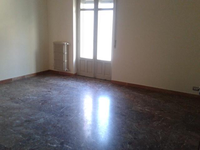 Appartamento in vendita a Ragusa, 4 locali, zona Località: BEDDIO, prezzo € 130.000 | Cambio Casa.it