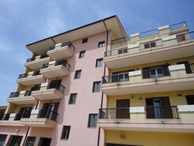 Attico / Mansarda in vendita a Ragusa, 4 locali, zona Zona: Beddio/Gesuiti Pianetti , prezzo € 60.000 | Cambio Casa.it