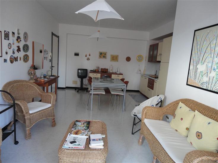 Appartamento in vendita a Ragusa, 2 locali, zona Località: SANTA BARBARA, prezzo € 98.000 | Cambio Casa.it
