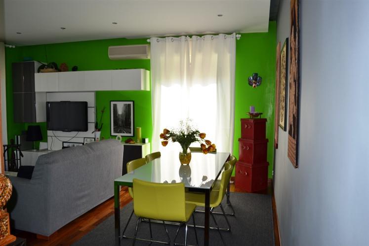 Appartamento in vendita a Ragusa, 4 locali, zona Località: SALESIANI, prezzo € 120.000 | Cambio Casa.it