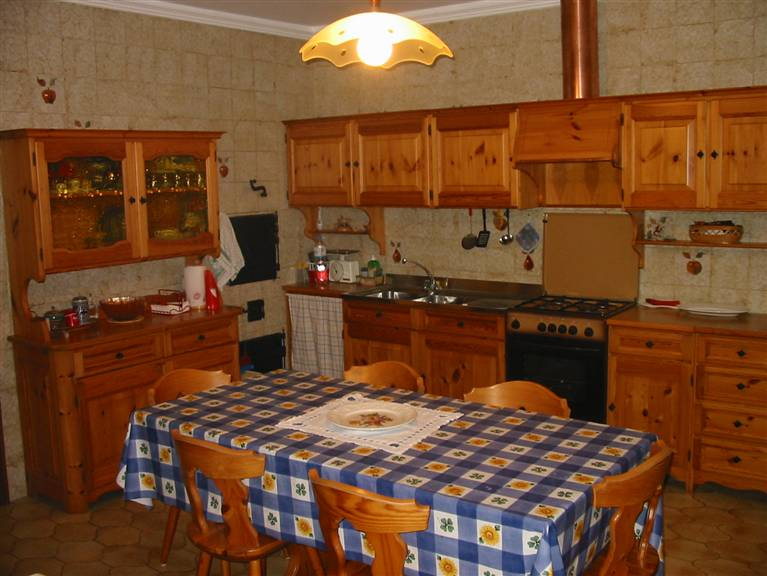 Appartamento in vendita a Santa Croce Camerina, 5 locali, zona Località: CASUZZE, prezzo € 96.000 | CambioCasa.it