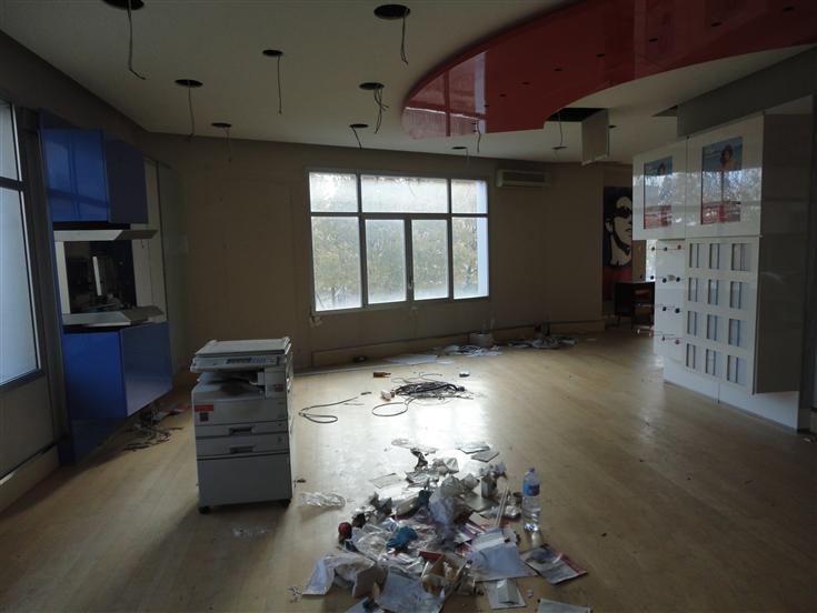 Immobile Commerciale in affitto a Ragusa, 4 locali, zona Località: BAR DELLO STADIO, prezzo € 1.300 | Cambio Casa.it