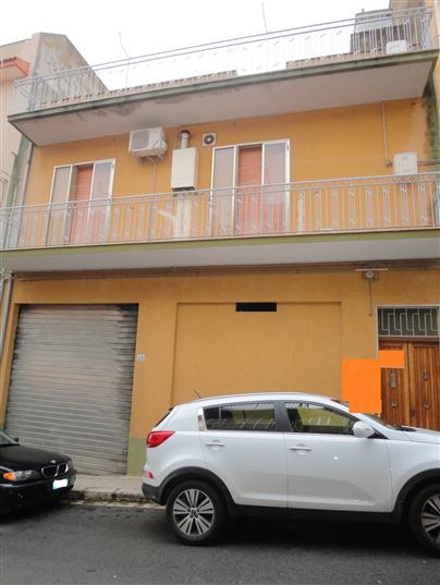 Soluzione Indipendente in vendita a Ragusa, 4 locali, prezzo € 140.000 | Cambio Casa.it
