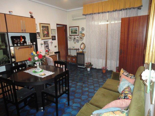 Soluzione Indipendente in vendita a Ragusa, 5 locali, zona Zona: Ibla, prezzo € 60.000 | Cambio Casa.it