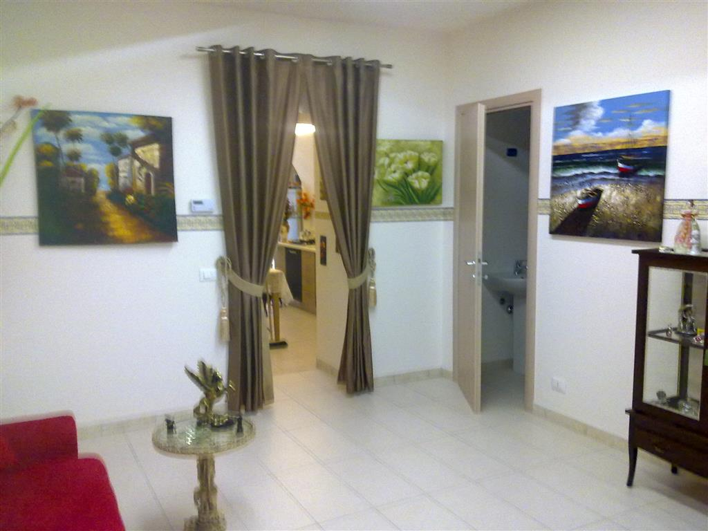 Appartamento in vendita a Ragusa, 3 locali, zona Zona: Centro, prezzo € 37.000 | Cambio Casa.it