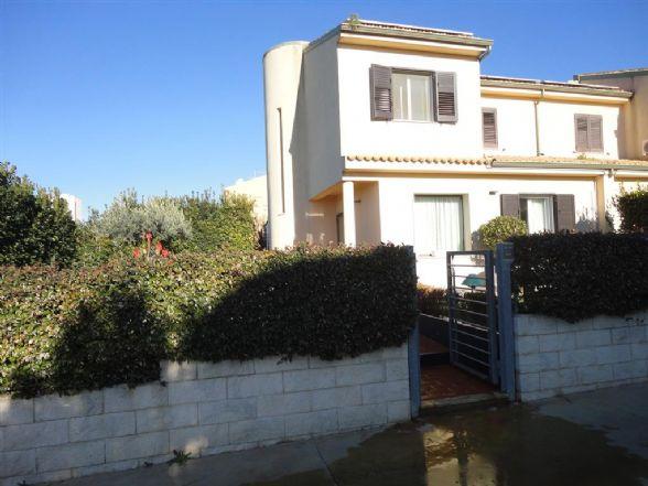 Villa in vendita a Ragusa, 5 locali, prezzo € 280.000 | Cambio Casa.it
