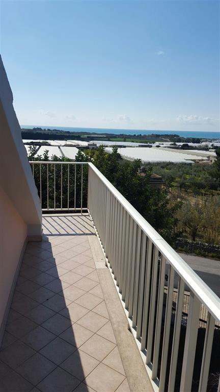 Villa in vendita a Ragusa, 7 locali, zona Zona: Marina di Ragusa, prezzo € 120.000 | Cambio Casa.it