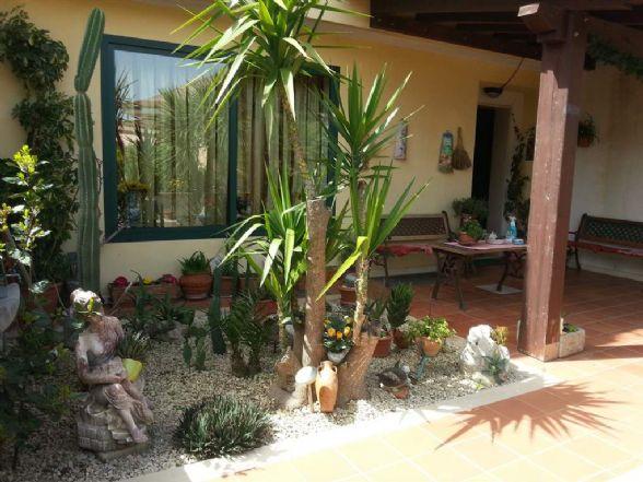 Villa a Schiera in vendita a Ragusa, 10 locali, zona Località: GESUITI PIANETTI, prezzo € 200.000 | Cambio Casa.it