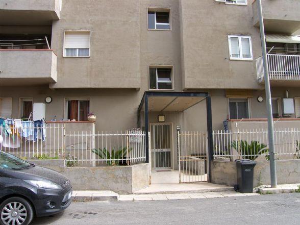 Appartamento in vendita a Comiso, 4 locali, prezzo € 80.000 | CambioCasa.it