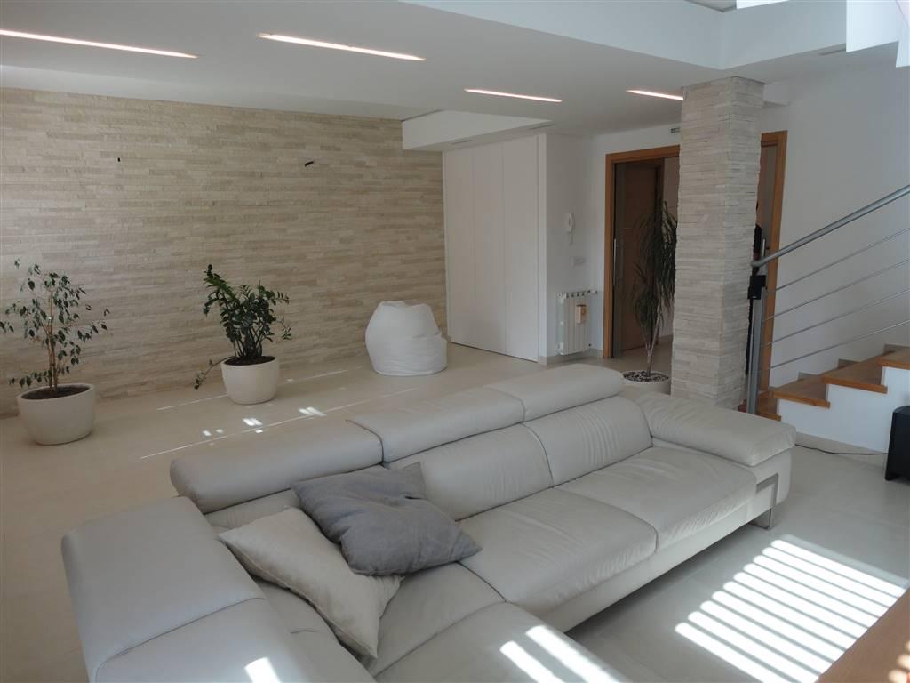 Villa a Schiera in Vendita a Ragusa