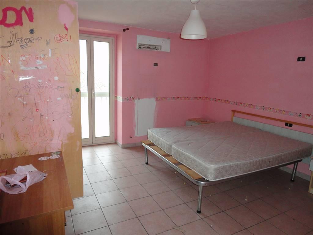 Soluzione Indipendente in vendita a Ragusa, 3 locali, prezzo € 40.000   CambioCasa.it