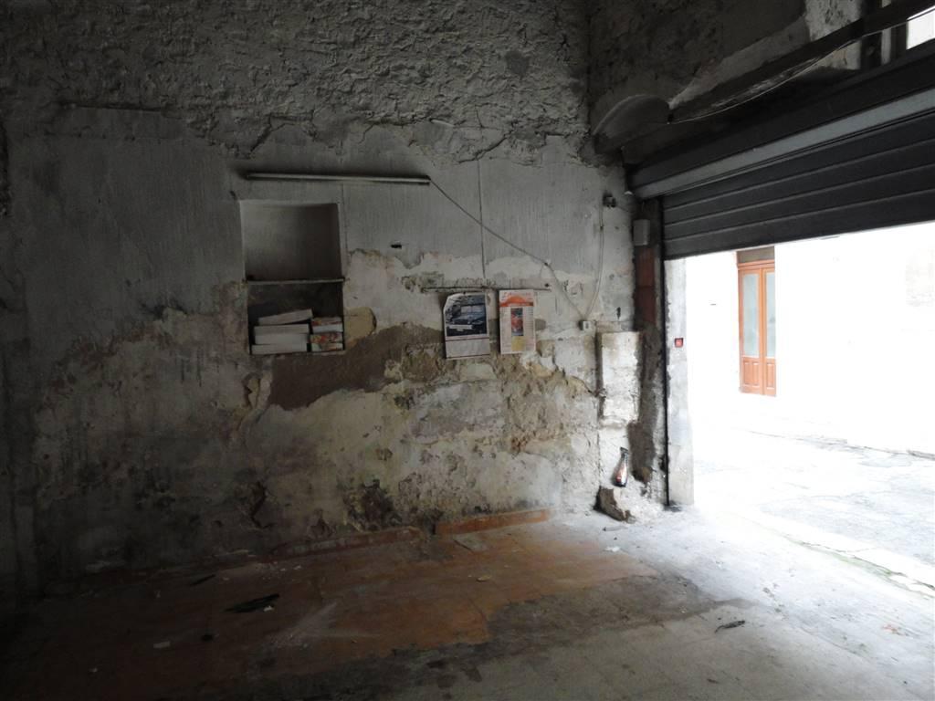 Magazzino in vendita a Ragusa, 1 locali, zona Zona: Centro, prezzo € 20.000 | Cambio Casa.it