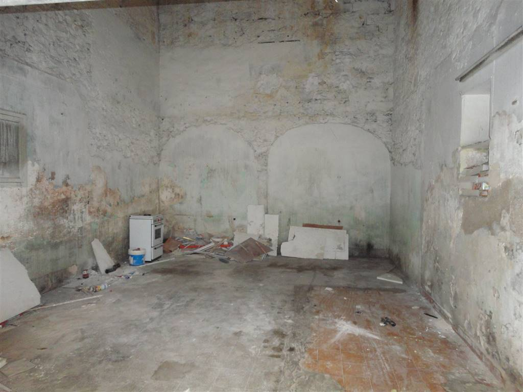 Magazzino in affitto a Ragusa, 1 locali, zona Zona: Centro, prezzo € 150 | Cambio Casa.it