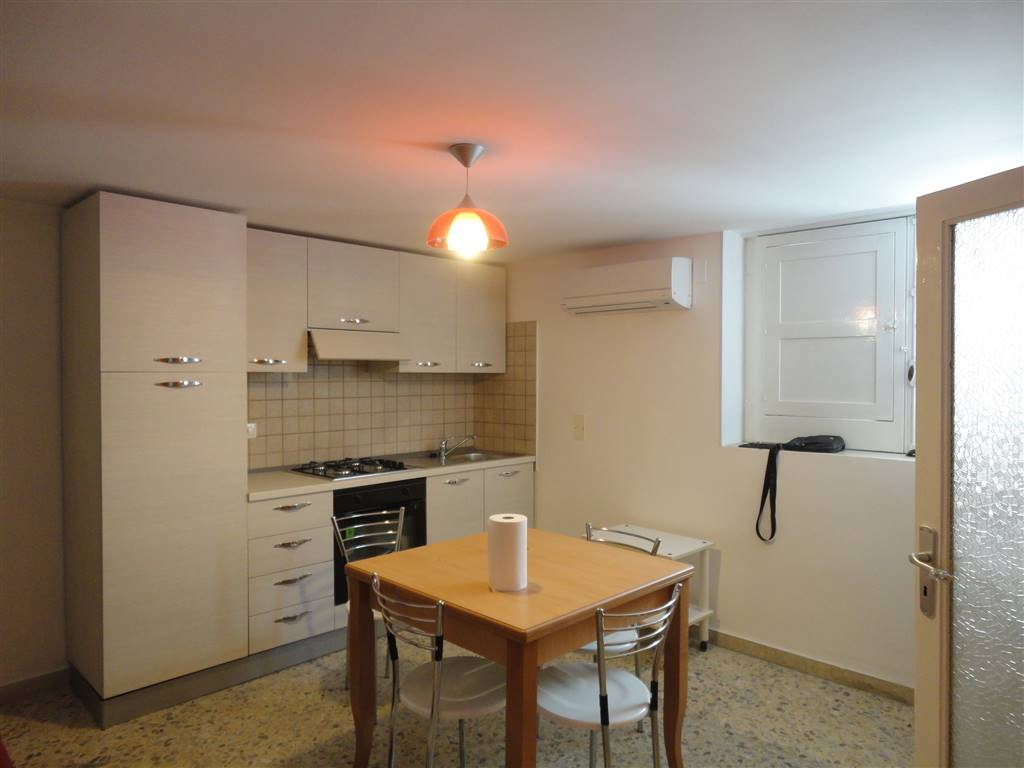 Appartamento in affitto a Ragusa, 2 locali, prezzo € 280 | Cambio Casa.it