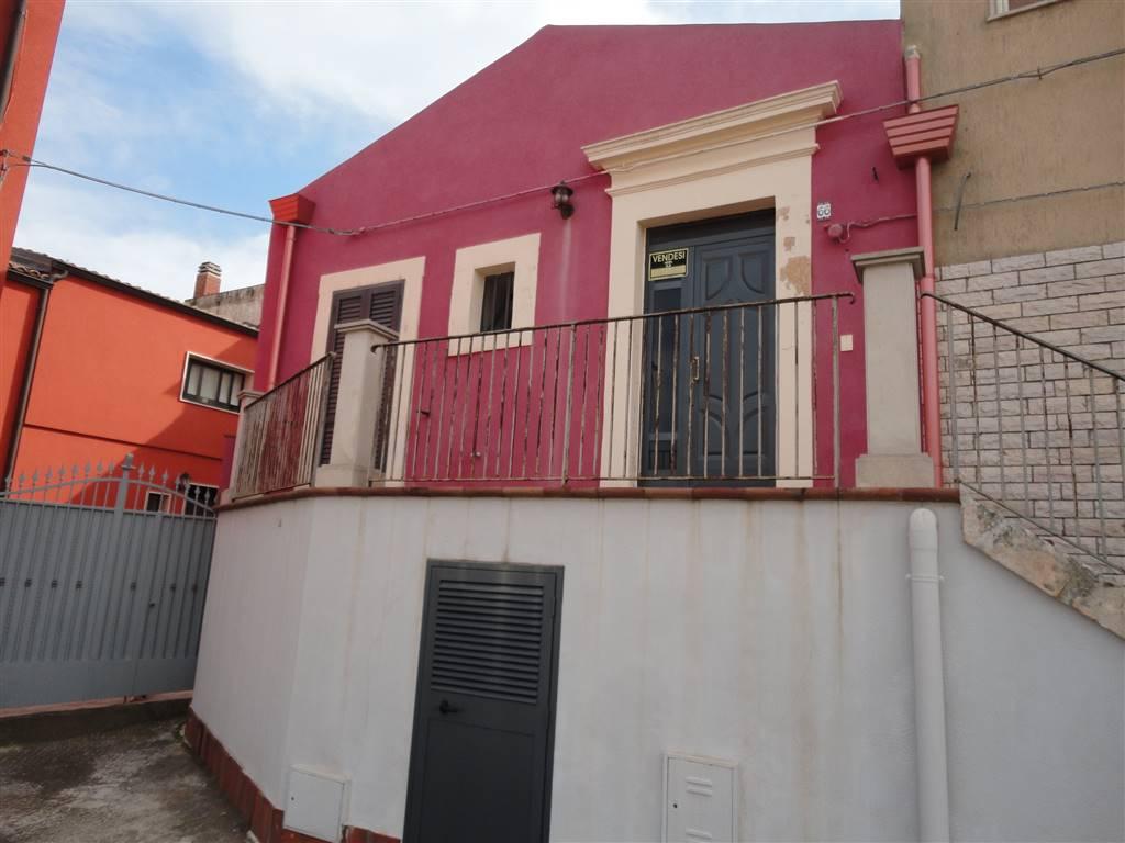 Soluzione Indipendente in vendita a Ispica, 5 locali, prezzo € 110.000 | CambioCasa.it