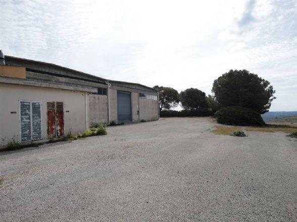 Capannone in vendita a Ragusa, 1 locali, zona Località: INDUSTRIALE, prezzo € 750.000 | CambioCasa.it
