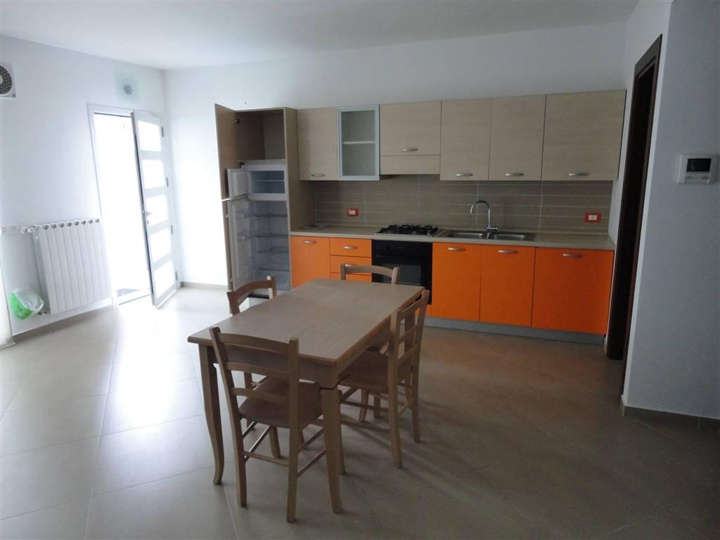 Appartamento in affitto a Ragusa, 2 locali, zona Zona: Viale Europa, prezzo € 400 | Cambio Casa.it