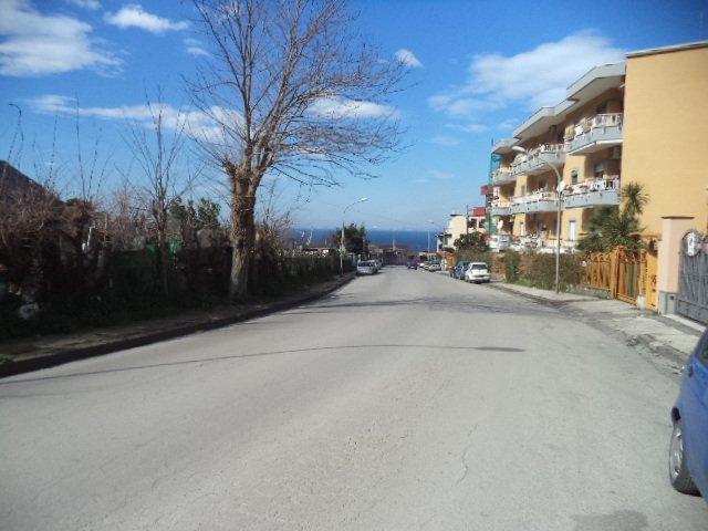 Appartamento in vendita a Castellammare di Stabia, 3 locali, prezzo € 65.000 | CambioCasa.it