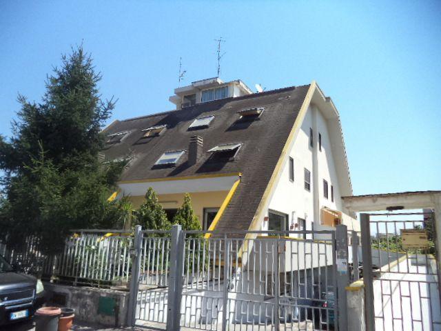 Villa a Schiera in vendita a Santa Maria la Carità, 5 locali, prezzo € 400.000 | Cambio Casa.it