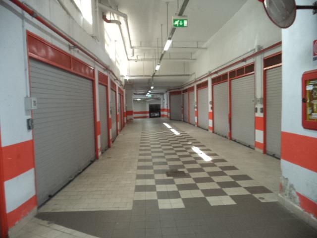 Box / Garage in vendita a Castellammare di Stabia, 1 locali, prezzo € 70.000 | Cambio Casa.it