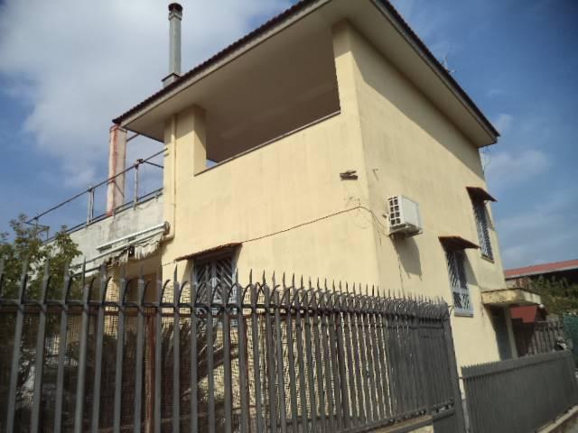 Villa in affitto a Sant'Antonio Abate, 3 locali, prezzo € 700 | Cambio Casa.it