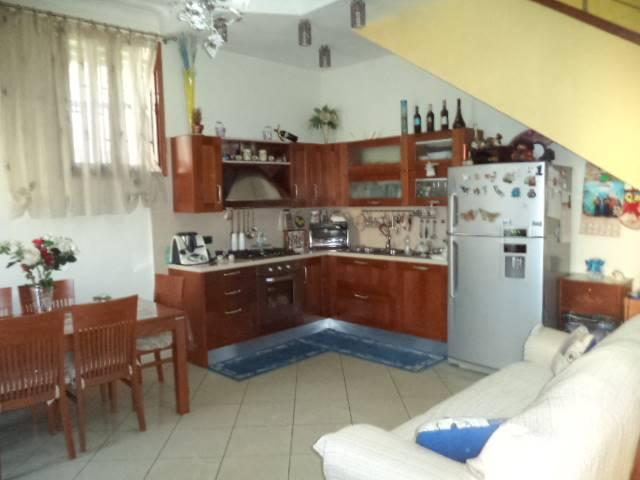 Appartamento in vendita a Sant'Antonio Abate, 3 locali, prezzo € 195.000 | CambioCasa.it