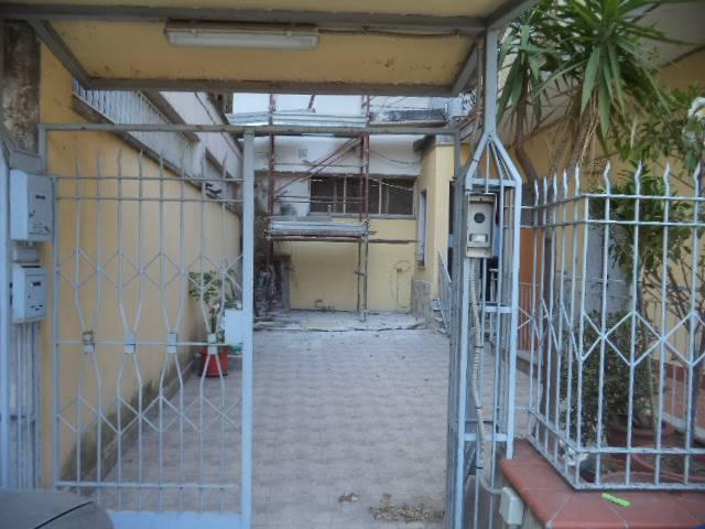 Soluzione Semindipendente in vendita a Gragnano, 8 locali, prezzo € 340.000 | CambioCasa.it