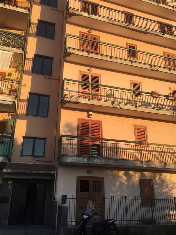 Appartamento in vendita a Gragnano, 4 locali, prezzo € 290.000 | CambioCasa.it
