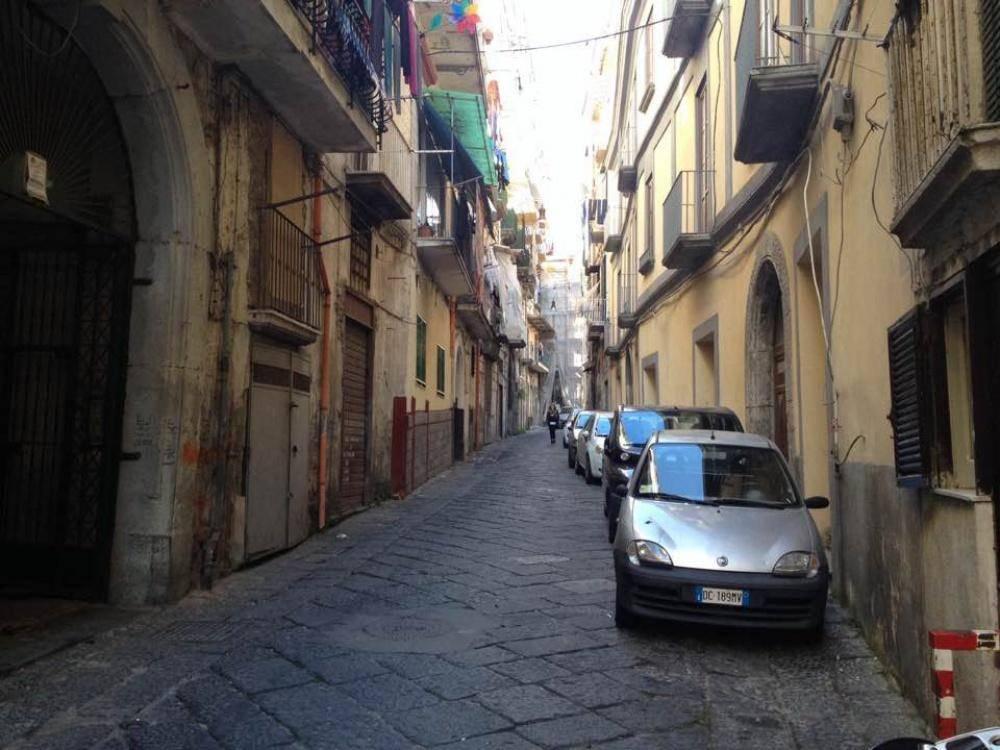 Appartamento in vendita a Castellammare di Stabia, 2 locali, prezzo € 90.000 | CambioCasa.it