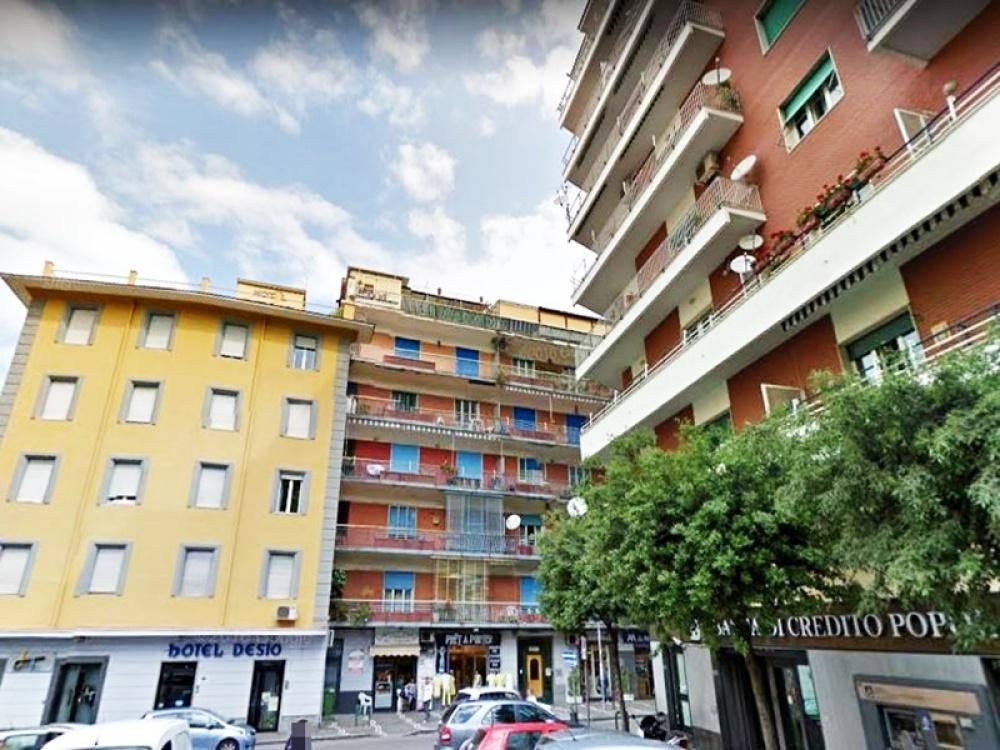 Appartamento in vendita a Castellammare di Stabia, 4 locali, prezzo € 320.000 | CambioCasa.it