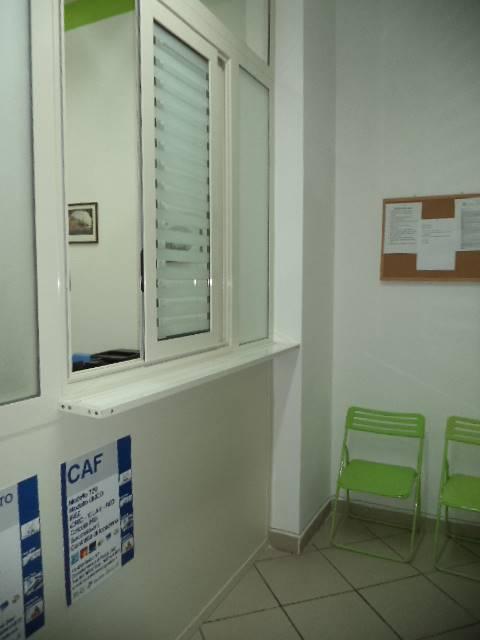 Negozio / Locale in affitto a Castellammare di Stabia, 1 locali, prezzo € 500   CambioCasa.it