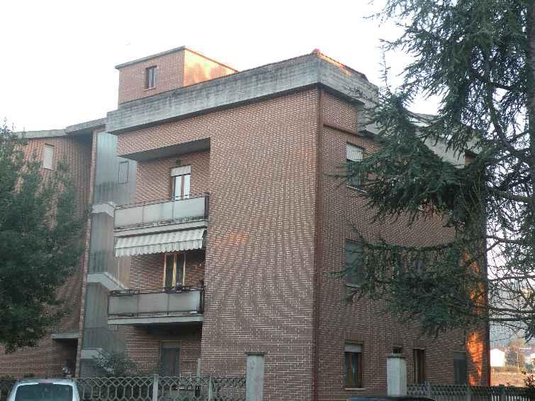 Appartamento in vendita a Spoleto, 6 locali, prezzo € 110.000 | Cambio Casa.it