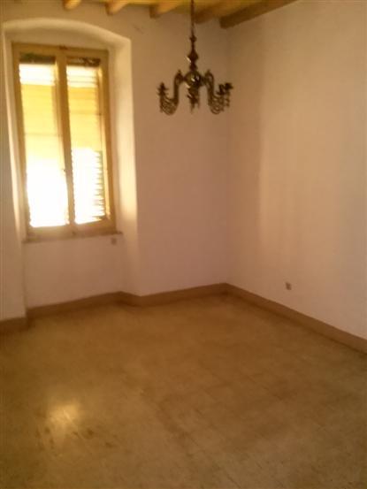 Appartamento in vendita a Spoleto, 2 locali, zona Località: CENTRO, prezzo € 60.000 | Cambio Casa.it