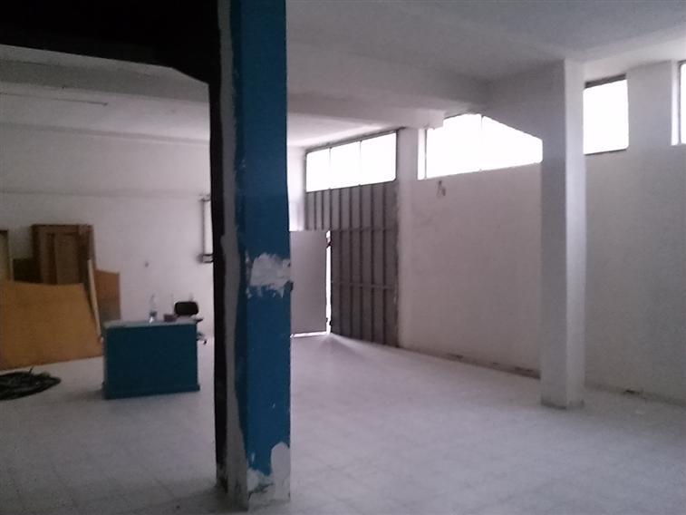 Magazzino in vendita a Spoleto, 2 locali, zona Località: CITTÀ, prezzo € 55.000 | Cambio Casa.it
