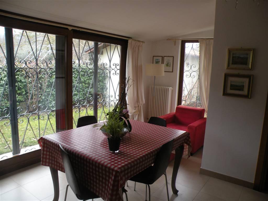 Soluzione Indipendente in vendita a Spoleto, 5 locali, zona Località: CROCEMAROGGIA, prezzo € 128.000 | Cambio Casa.it