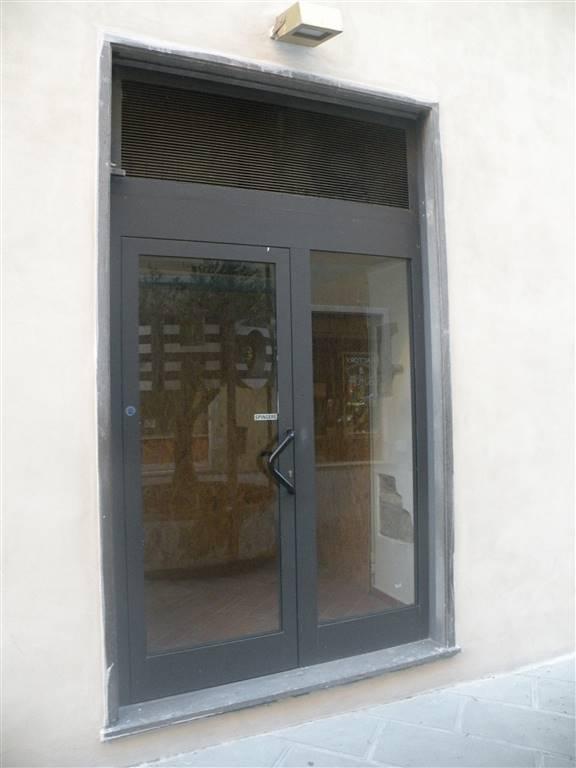 Negozio / Locale in affitto a Spoleto, 1 locali, zona Località: CENTRO, prezzo € 140 | Cambio Casa.it