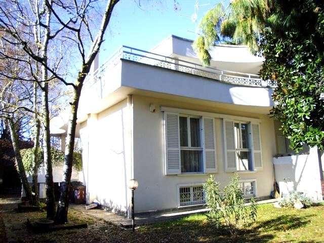 Villa in vendita a Paderno Dugnano, 7 locali, zona Zona: Palazzolo Milanese, prezzo € 595.000 | Cambio Casa.it