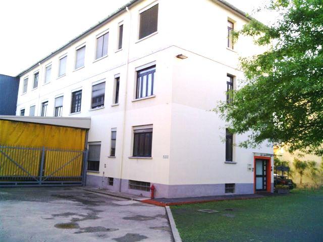 Capannone in vendita a Novate Milanese, 9999 locali, prezzo € 1.800.000 | Cambio Casa.it