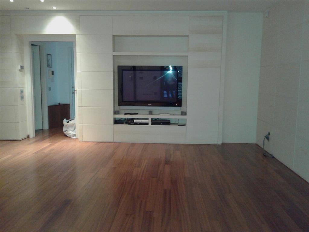 Soluzione Indipendente in affitto a Empoli, 6 locali, prezzo € 1.100 | CambioCasa.it