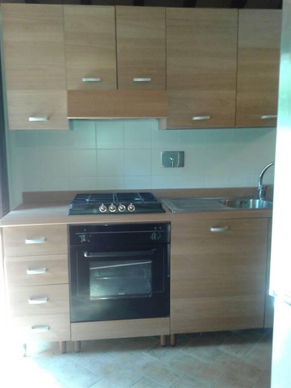 Soluzione Indipendente in affitto a Empoli, 2 locali, zona Zona: Monterappoli, prezzo € 500 | Cambio Casa.it