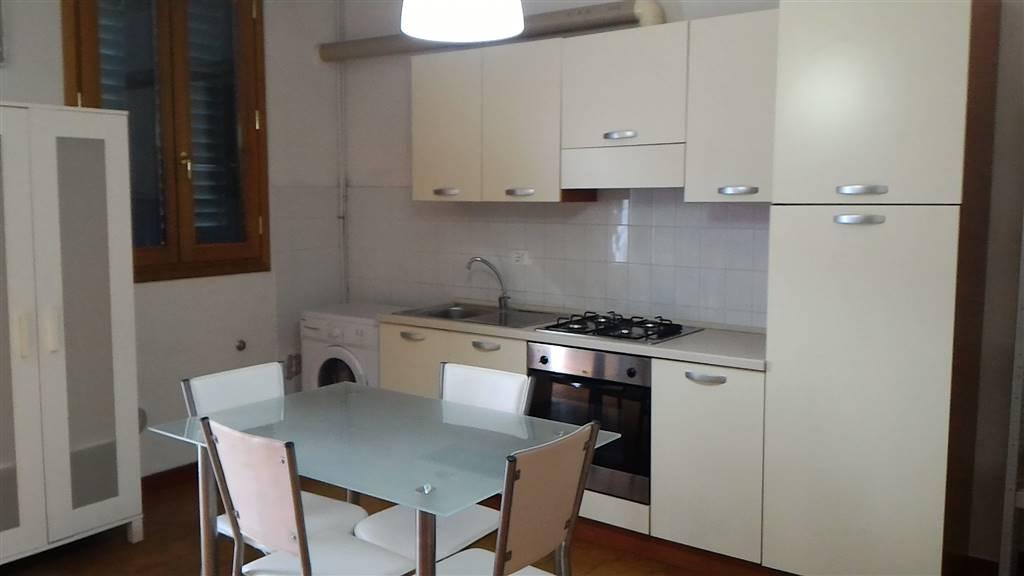 Soluzione Indipendente in affitto a Empoli, 2 locali, prezzo € 400 | Cambio Casa.it
