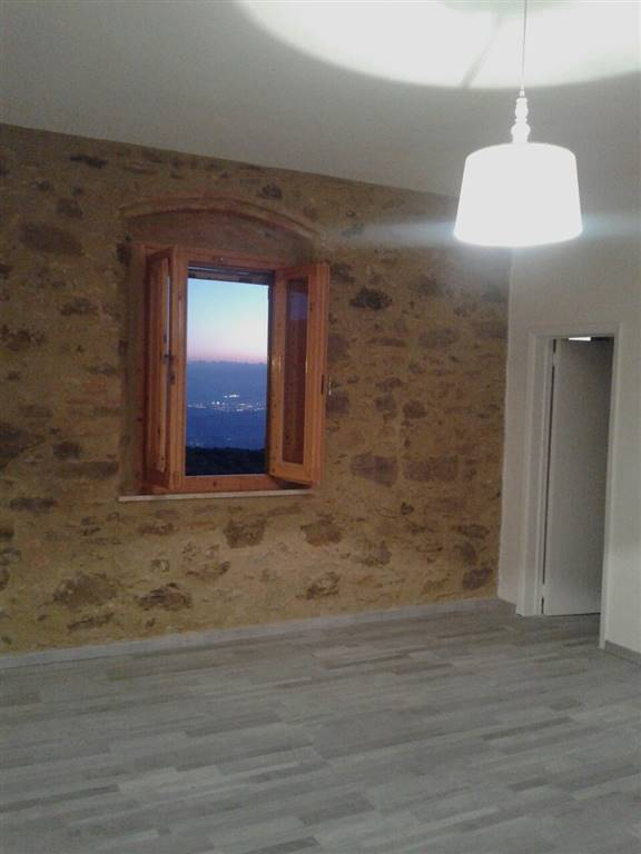 Soluzione Indipendente in affitto a Vinci, 4 locali, prezzo € 750 | Cambio Casa.it