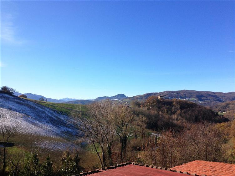 Villa Bifamiliare in Vendita a Rivergaro